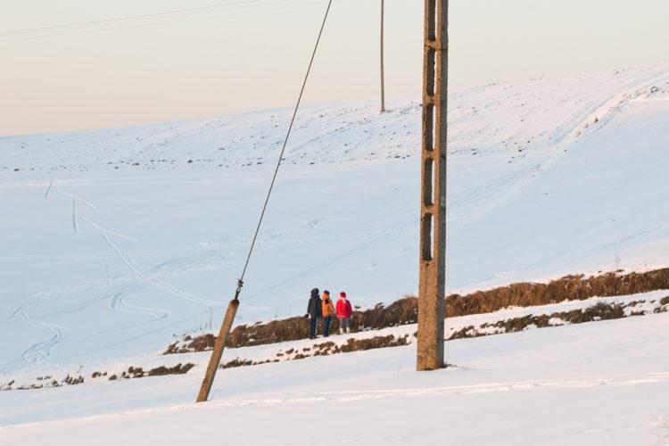 <em>Pole(s)</em>