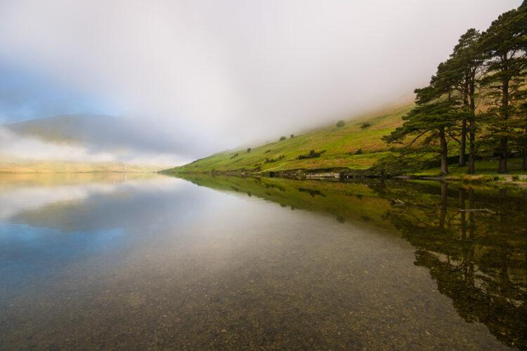 Lake, Symmetriad